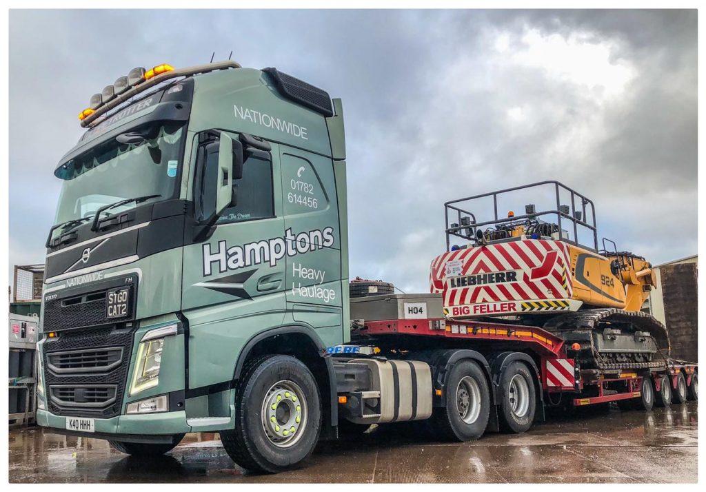 Hamptons Heavy Haulage truck